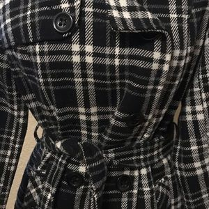 Forever 21 Jackets & Coats - Forever 21 Plaid Black & White Pea Coat
